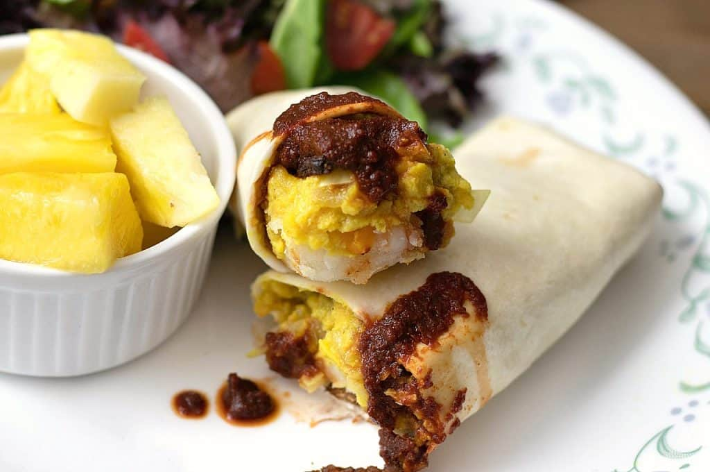vegan breakfast burritos with chickpea eggs