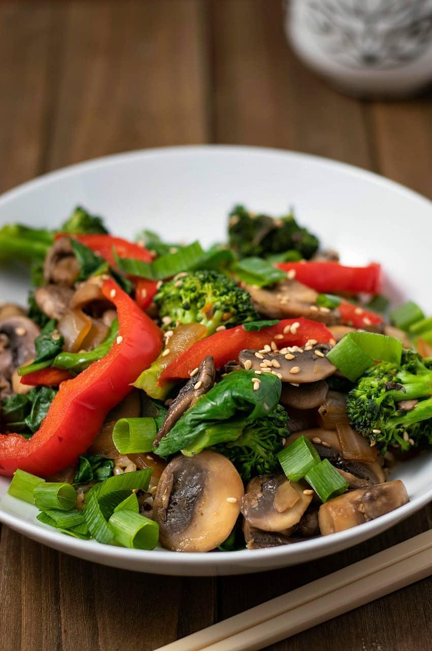 Oil-Free Broccoli Mushroom Stir Fry