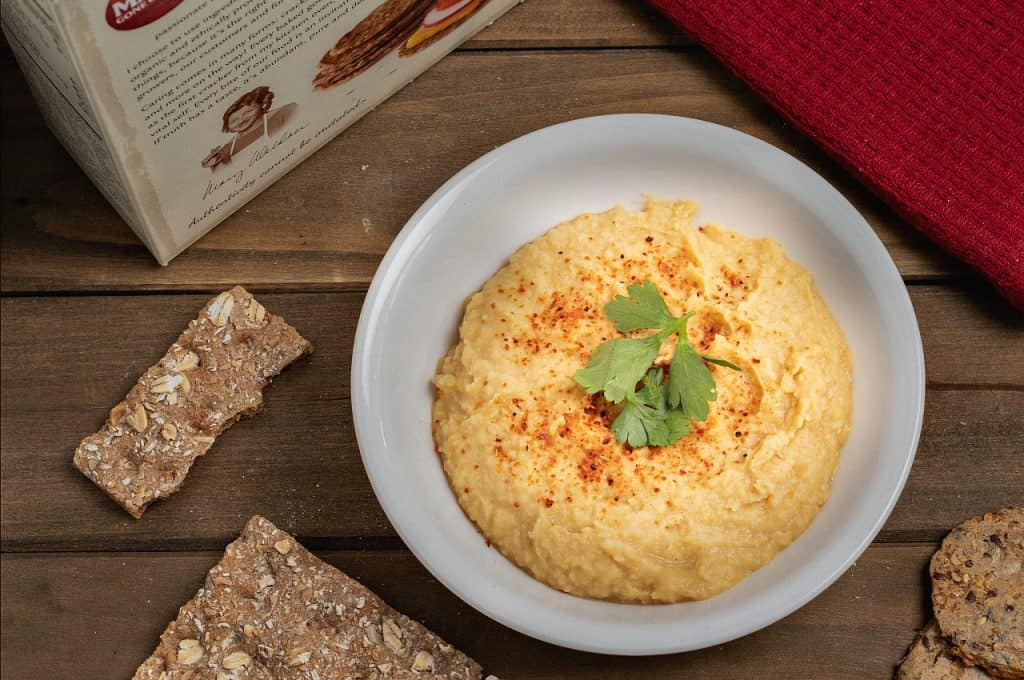 basic oil-free hummus